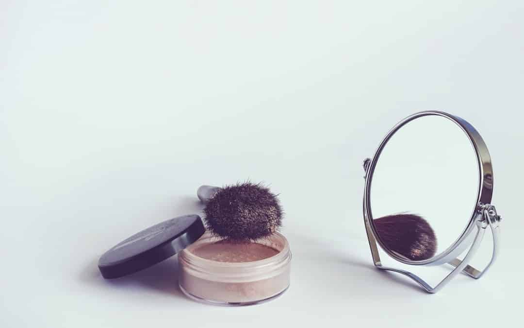 Makeup Application Tips For Acne-Prone Skin